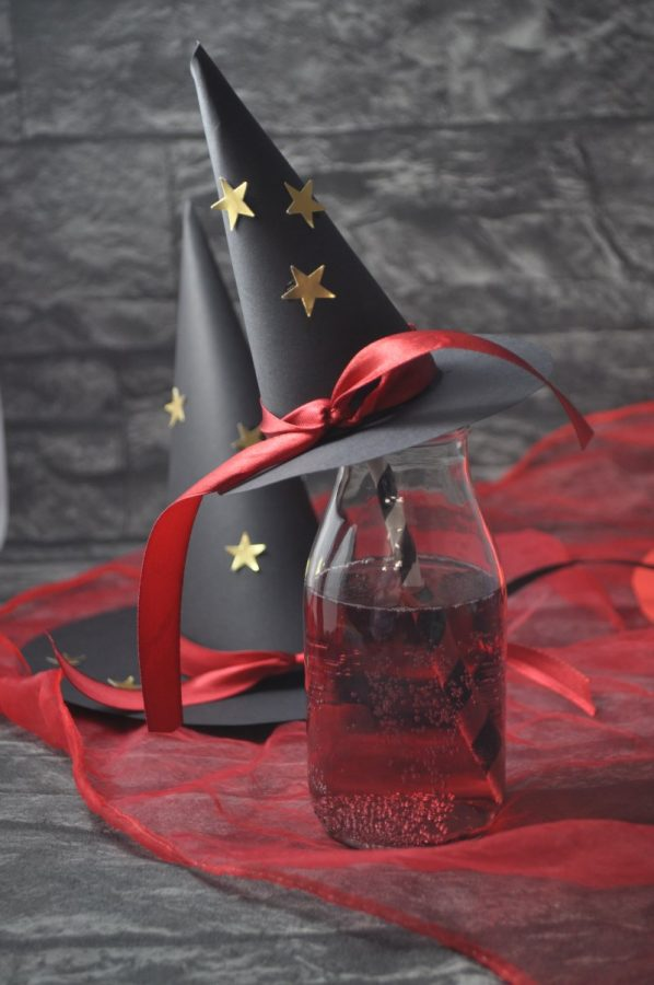 Die kleine Hexe: ein roter Zaubertrank für ein Hexenbuffett - perfekt für jede Hexenparty und der Hit auf Kindergeburtstagen