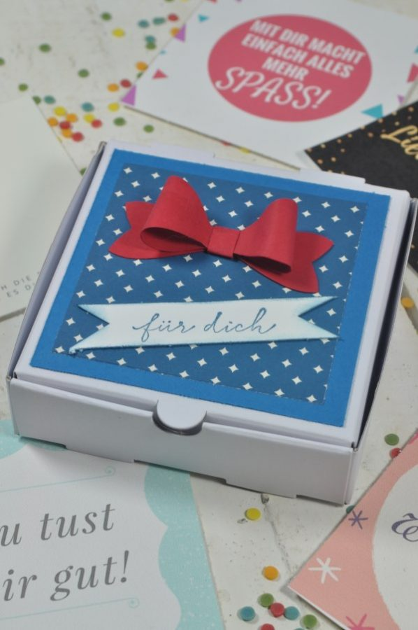 Süße DIY-Idee die nicht nur am Valentinstag passt: Komplimentkärtchen mit denen man Komplimente verschenken kann.